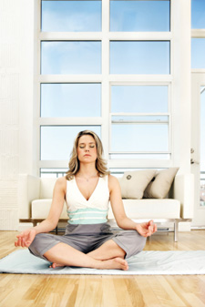 Tunein_yoga-living-room