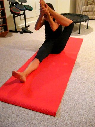 yoga at home for absolute beginners teaching yourself yoga