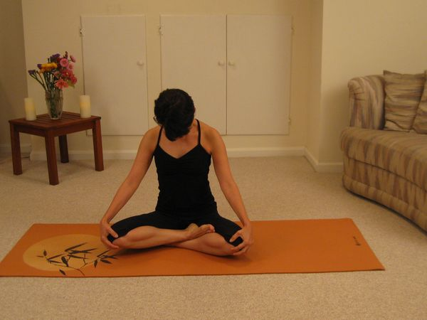 Yoga Exercises For Beginners How To Relax And Warm Up