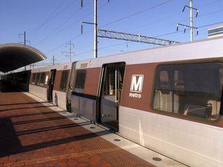 Dc-metro-train