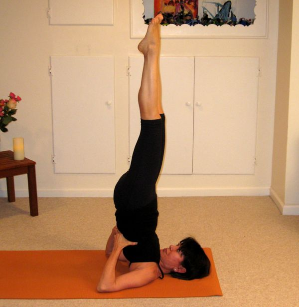 Yoga Exercises for Beginners: How to Relax and Warm-up
